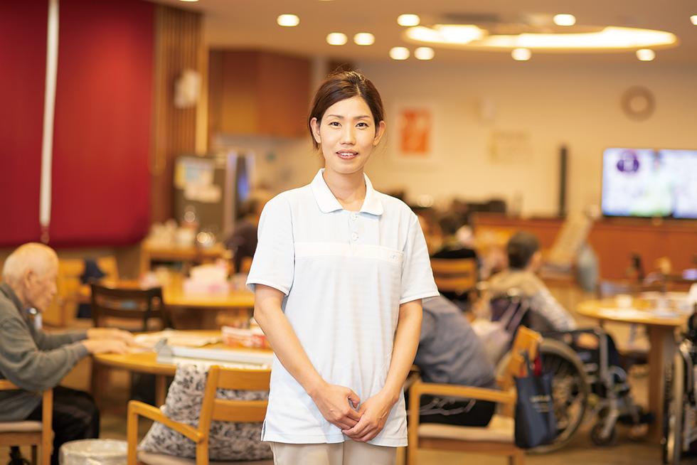 冨田 愛弓 介護福祉士